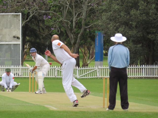cricket_bowling